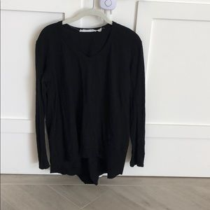 Long sleeve slanted hem shirt